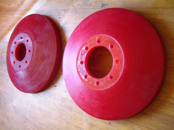 Чистящие и направляющие диски для очистных полиуретановых поршней 2